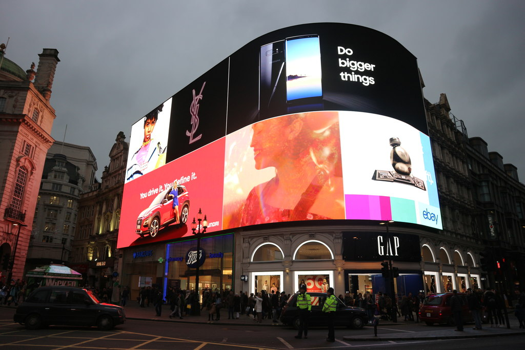 picadilly circus ooh advertising